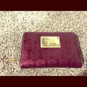 Micheal kors burgundy and gold wallet